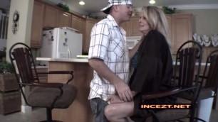 Bridgett Lee Seducing Milf With Kisses Hd