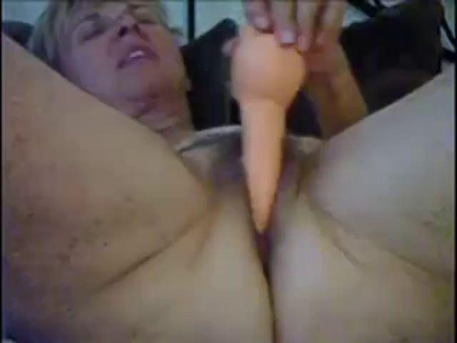 57 Older Lady Ariella Masturbating