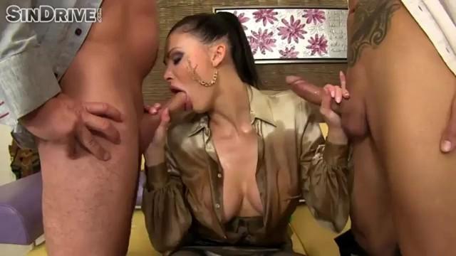 top-saytov-s-video-onlayn-seks-chatami