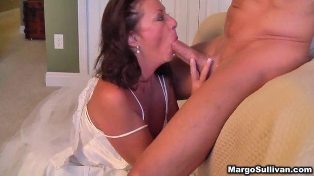 sorte mor og søn porno videoer